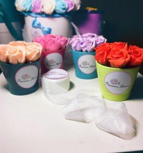 Интерьерные цветы из мыла