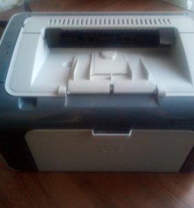 HP LaserJet P1102s (идеальное состояние)
