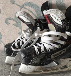 Хоккейные коньки Bauer x70