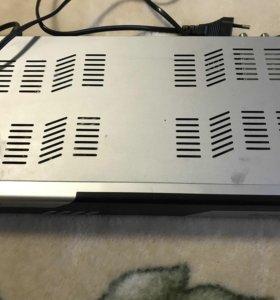 Продам ресивер DRE-7300