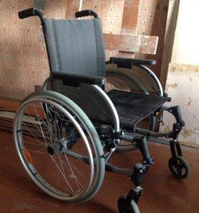 Продам 2 инвалидные коляски