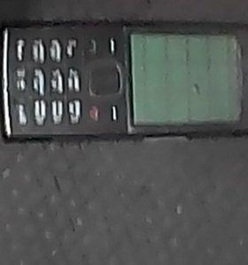 продам три телефона на запчасти