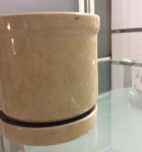 кашпо с подставкой керамика 15 см