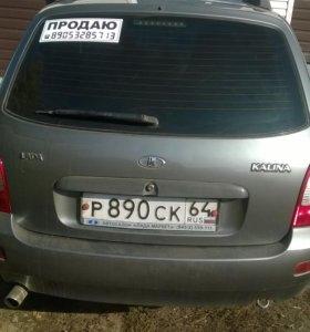 автомобиль Лада Калина универсал