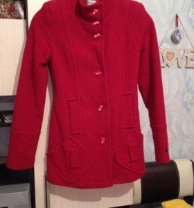 Пальто Venefika, производство Италия