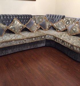 диван угловой Бенедикс с креслом и с 8 подушками