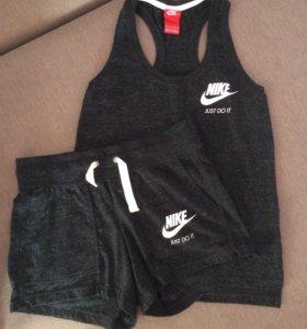 Костюм новый женский Nike, S