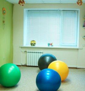 Преподаватель гимнастики и музыки для малышей