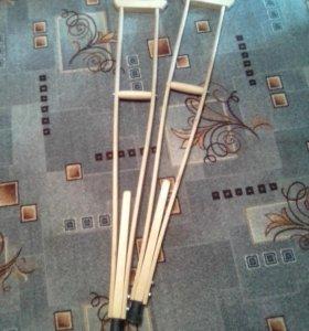 Деревянные костыли