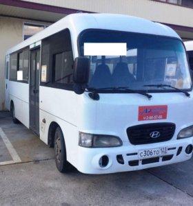 Продам городской автобус Hyundai County 2011 года.