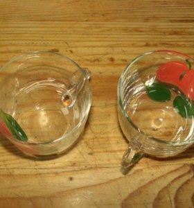 Набор чашек из стекла