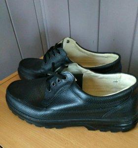 Новые, рабочие ботинки 44р.