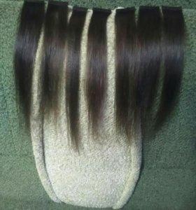 Натуральные волосы на лентах.