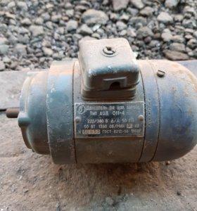 электродвигатель Аол 011-4 аолб011/2 50/30 вт