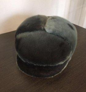 Нерповая зимняя мужская шапка