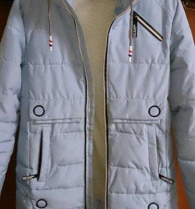 Куртка осенняя для девочки 11-13 лет.