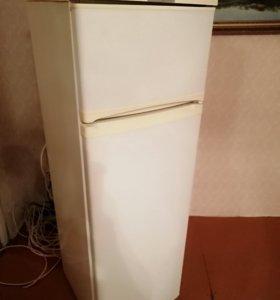 Компактный холодильник под востановление