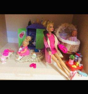 Куклы и мебель