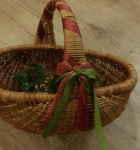 Корзина плетеная для подарков