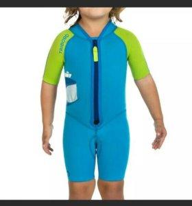 Неопреновый костюм для купания, 6 лет.Б/у.Tribord