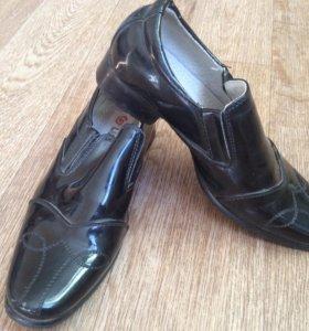 Обувь ( туфли, сапоги...