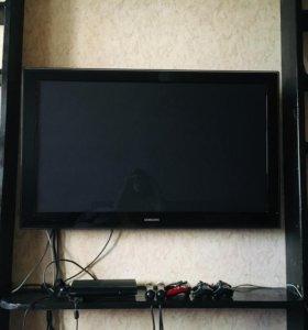 Телевизор плазма Samsung 50