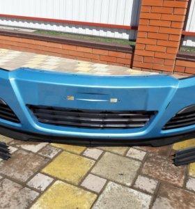 Бампер Opel astra H