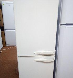 Холодильник Stinol. Морозилка NoFrost