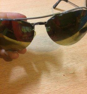 Солнце зощитные очки