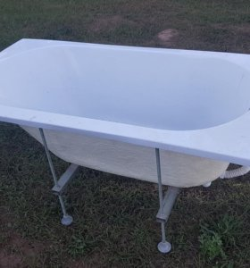 Акриловая Ванная 140 х 70