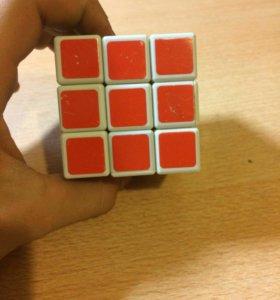 Кубик Рубик(а)
