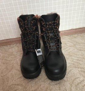 Ботинки зима 44 размер . Новые❗️