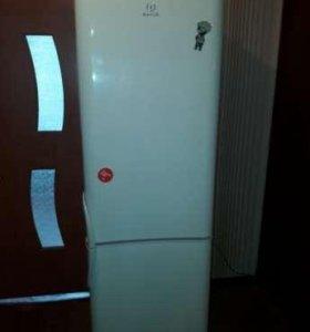 Продаю хороший холодильник с доставкой