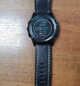 Спортивные смарт часы Garmin
