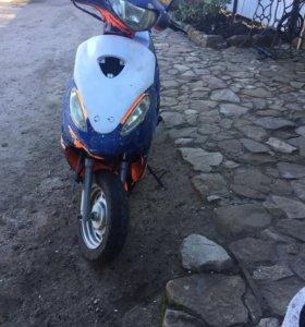Продам скутер 12в