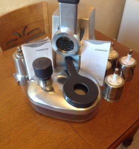 Электромясорубка- Овощерезка Kenwood MG-700