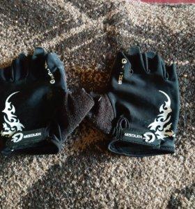 Велосипедные перчатки без пальцев на подростка