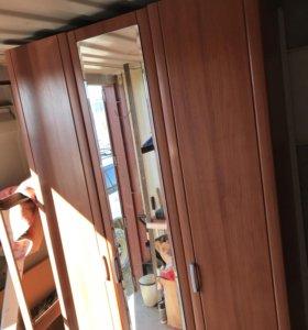 Шкаф распашной с доставкой