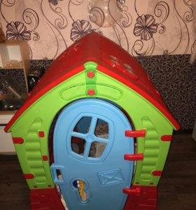 Пластиковый дом для детей