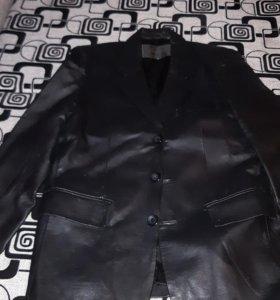 Пиджак кожаный мужской