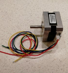 Шаговый мотор 17HS2408