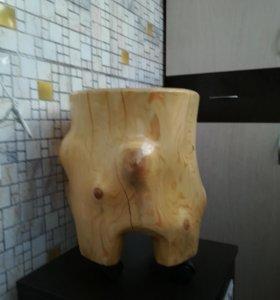 Лофт пень, деревянный табурет на колесиках