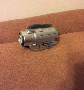 Видеокамера Sony DCR-DVD405E