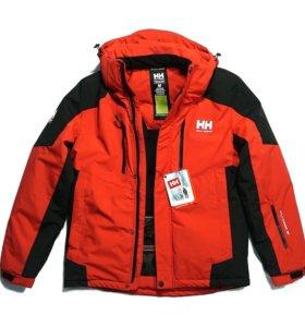 Новые зимние куртки HELLY HANSEN