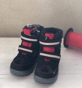 Новые зимние ботинки Котофей