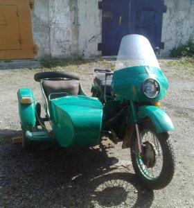 """Мотоцикл """"Урал"""" 1986 года"""