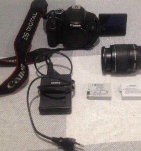 Фотоаппарат Canon 600d со стандартным обьективом
