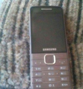 SAMSUNG S5610.