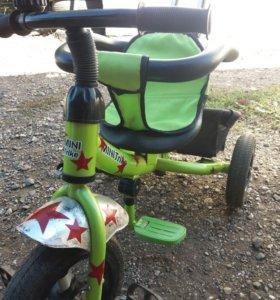 Детский велосипед с надувными колёсами
