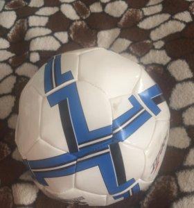 Футбольный мяч.Срочно!!!!